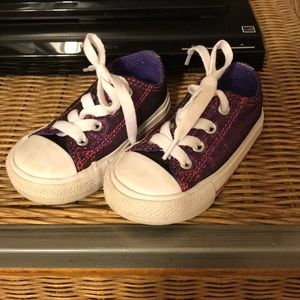 Toddler Converse tennis shoes